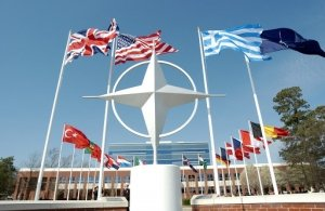 La pericolosa strategia Usa-Nato in Europa